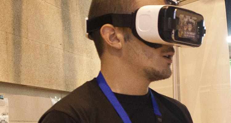 Aitor Roman con Gear VR en Zaragoza