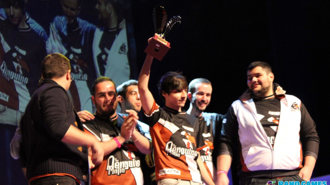 Fotografías Evento Ganadores League of Legends en Urano Games Week